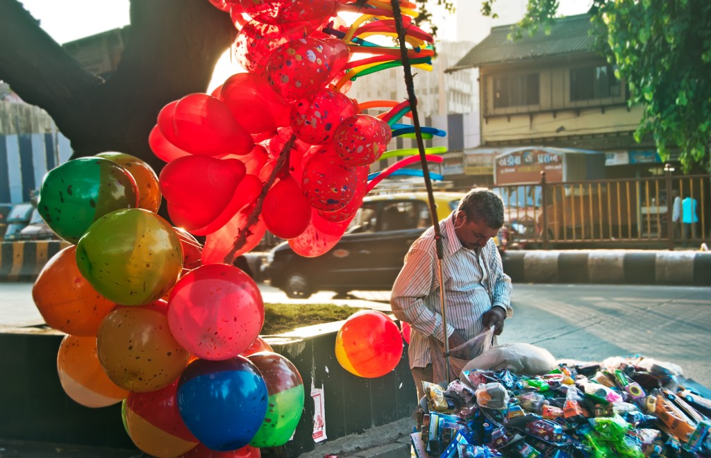 Balloon Vendor in Mumbai